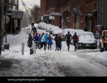 Joggers in DUMBO, Brooklyn