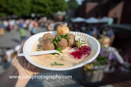 Swedish meatballs with lingonberry sauce and poratos